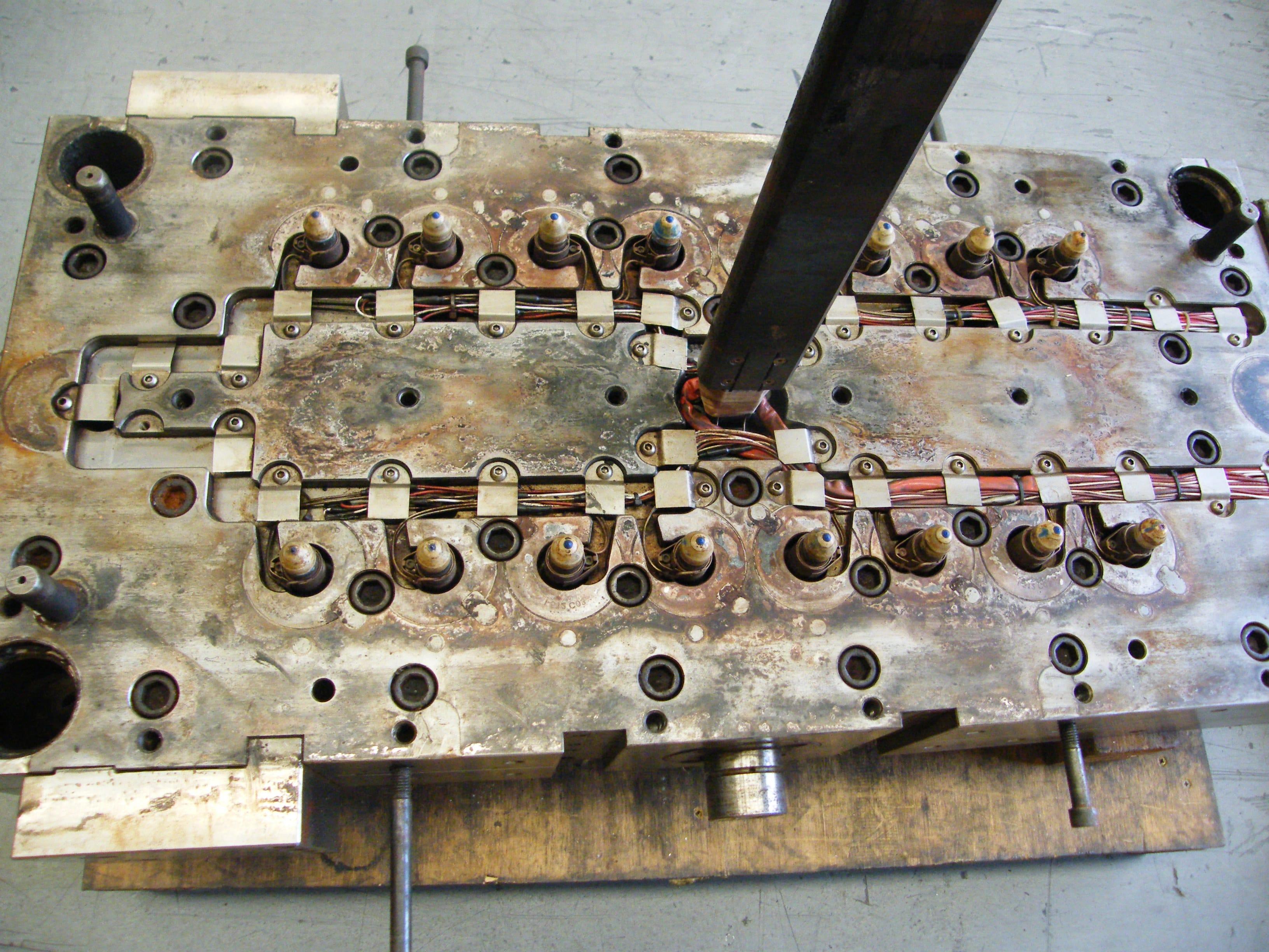 Precision Engineering | Toolmaker | Gold Coast | Camtech Engineering Pty Ltd | Sample 32 Cavity Hot Half Min