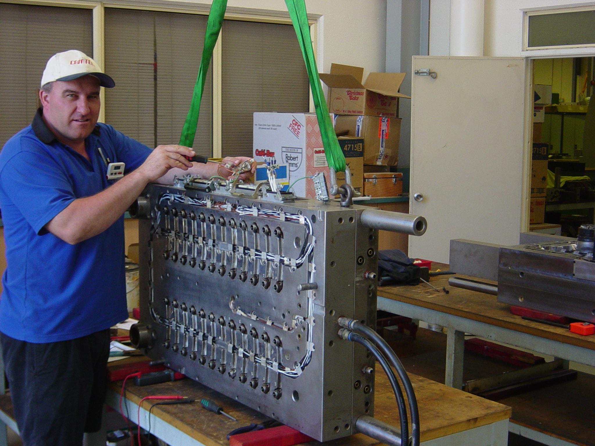 Precision Engineering | Toolmaker | Gold Coast | Camtech Engineering Pty Ltd | Sample 48 Cavity 01 Min