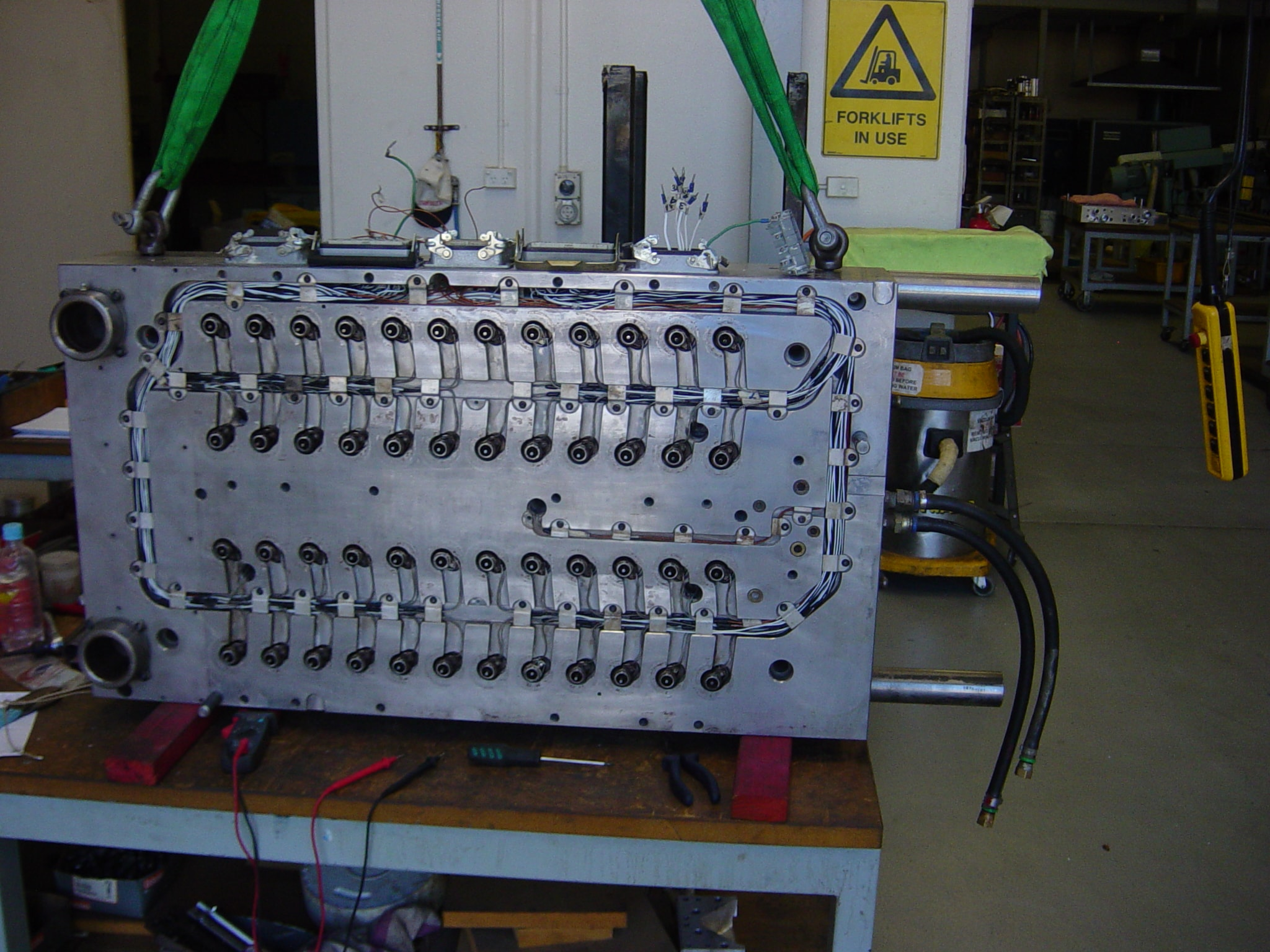 Precision Engineering | Toolmaker | Gold Coast | Camtech Engineering Pty Ltd | Sample 48 Cavity 02 Min